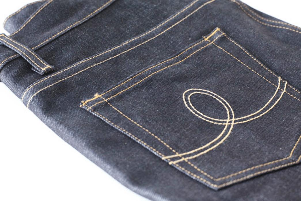 benny-gold-setting-the-gold-standard-plus-season-end-sale-dark-blue-back