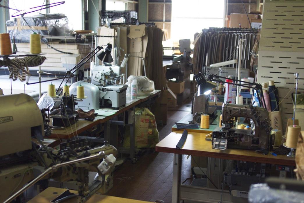 a-photo-tour-of-ooe-yofukuten-where-ooe-yofukuten-products-are-painstakingly-constructed