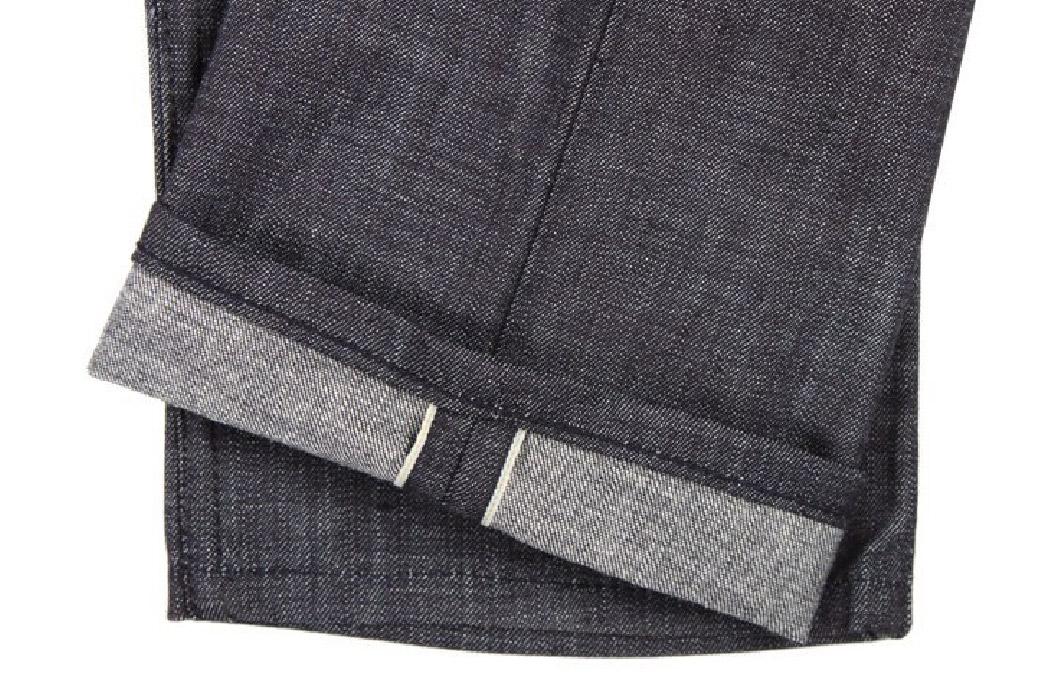 5-pairs-of-raw-denim-for-summer-graycast-legs