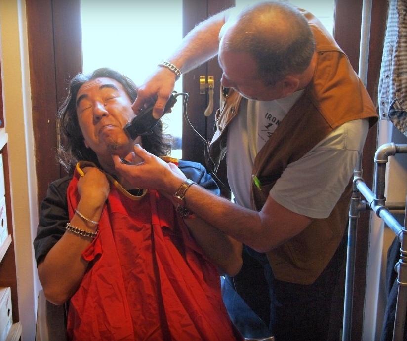 Break Time - Giles Padmore Shaving Haraki