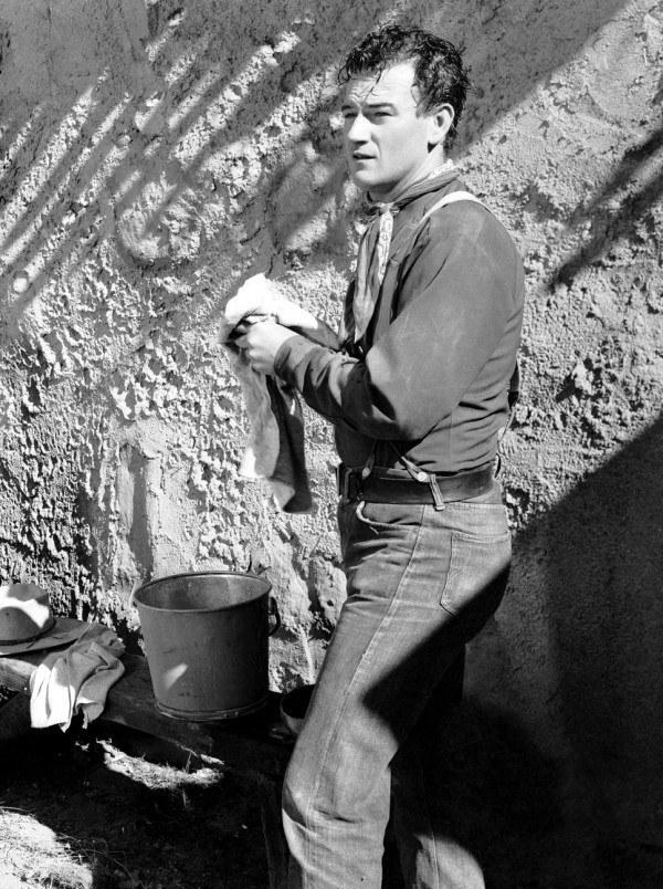 John_Wayne - stagecoach - & Claire Trevor