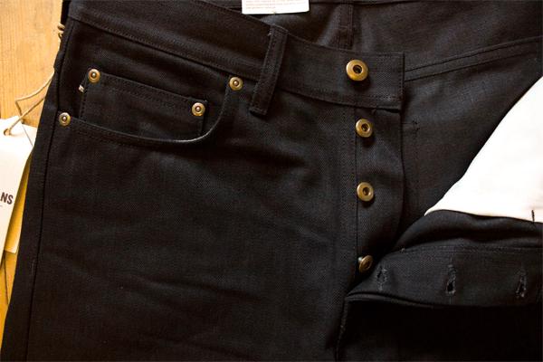 Front Closeup - Livid Jeans Jakob Slim Black Selvedge