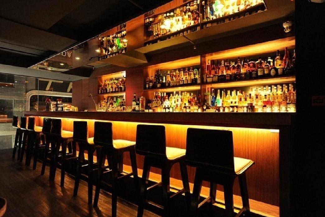 evisu-hong-kong-concept-store-launch-interior-drinks