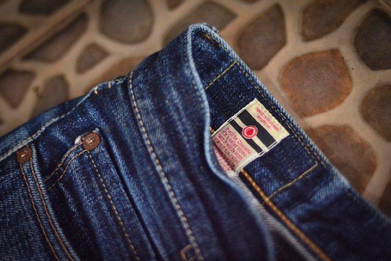 fade-friday-momotaro-0201-vintage-14-months-many-washes-inside-label
