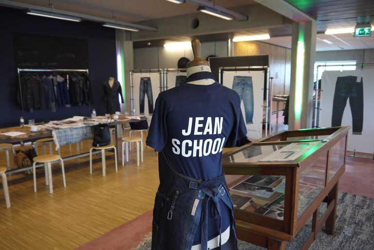 Jeans School