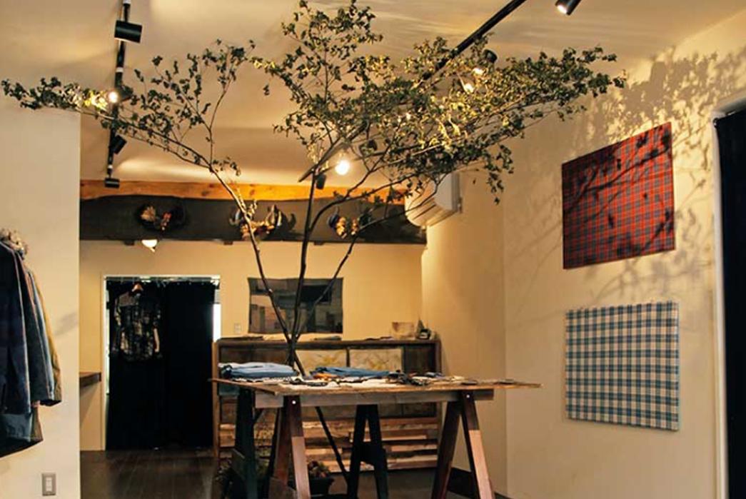 the-complete-guide-to-okayama-jeans-street-part-ii-kojima-tree-in-wood