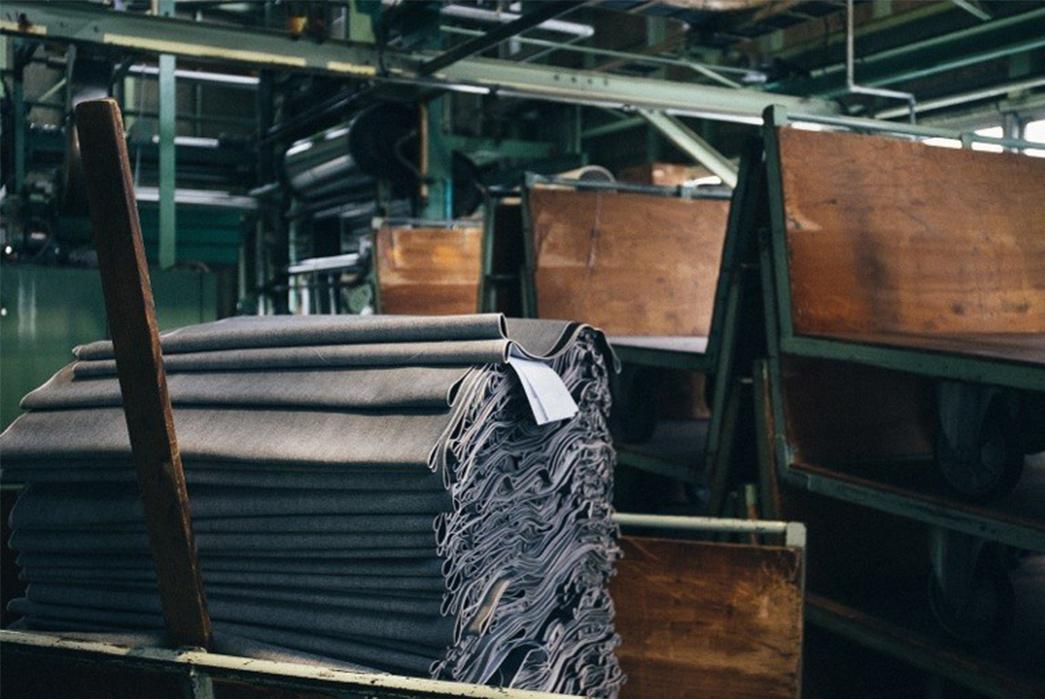3sixteens-tour-of-kuroki-mills-denim-from-start-to-finish-packed-blue-textile