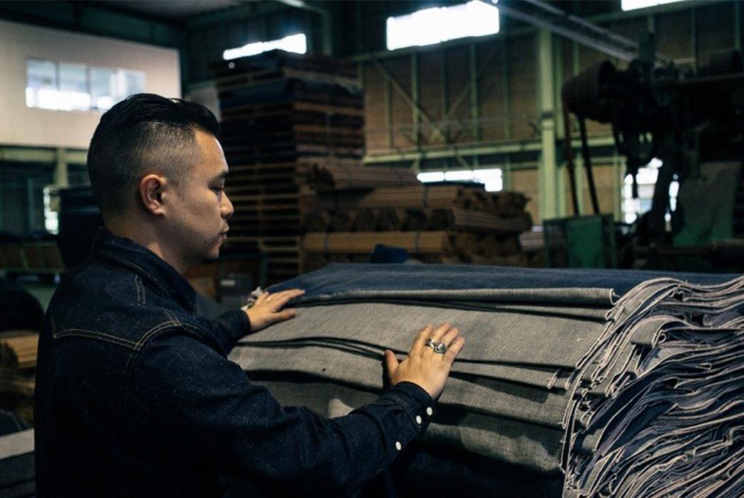 3sixteens-tour-of-kuroki-mills-denim-from-start-to-finish-packing-big-blue-textile