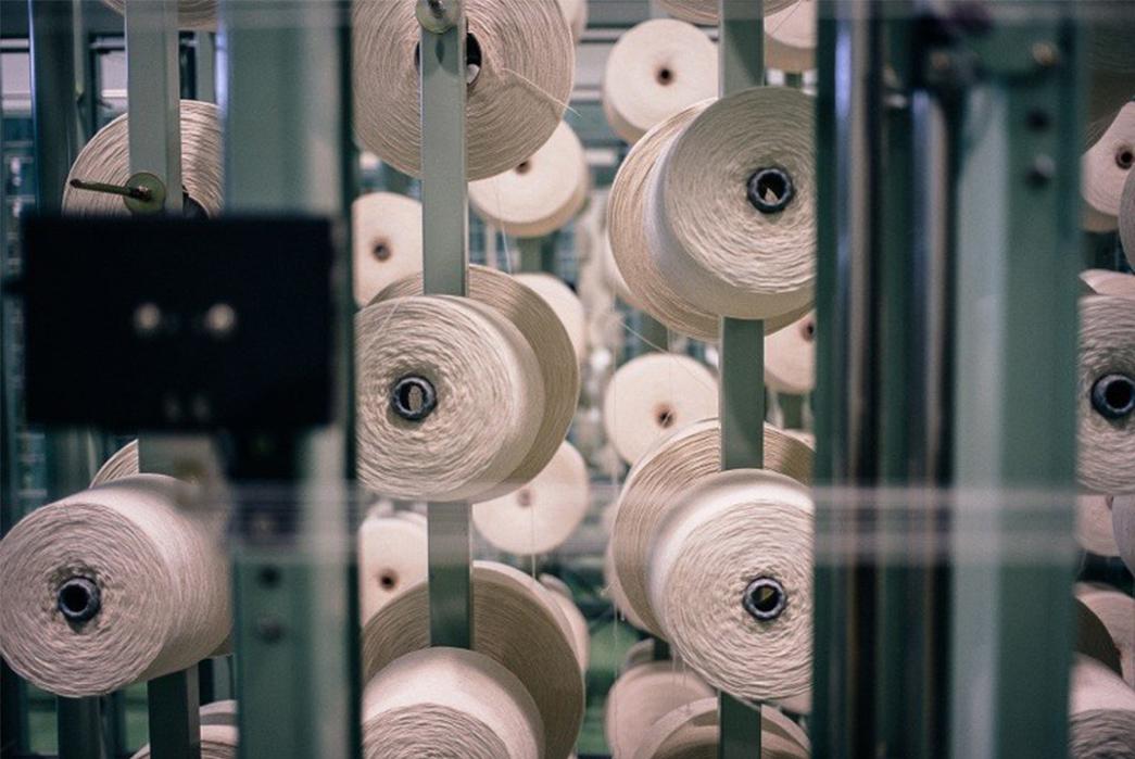 3sixteens-tour-of-kuroki-mills-denim-from-start-to-finish-rolled-strings