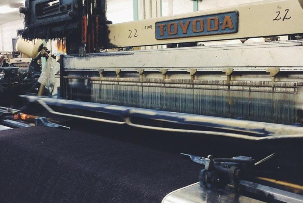 3sixteens-tour-of-kuroki-mills-denim-from-start-to-finish-toyoda-blue-strings