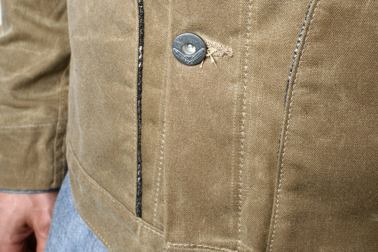 Rogue-Territory-Waxed-Canvas-Supply-Jacket-Blanket-Lined-Button-Closeup