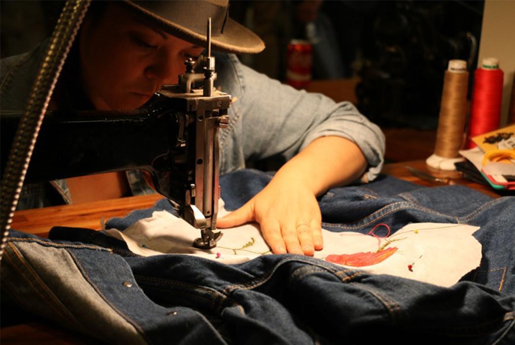 inspiration-la-2015-part-i-sewing-machine-on-action