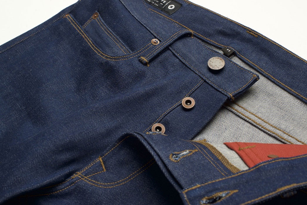 freenote-cloth-x-red-wing-110-year-denim-front-closeup