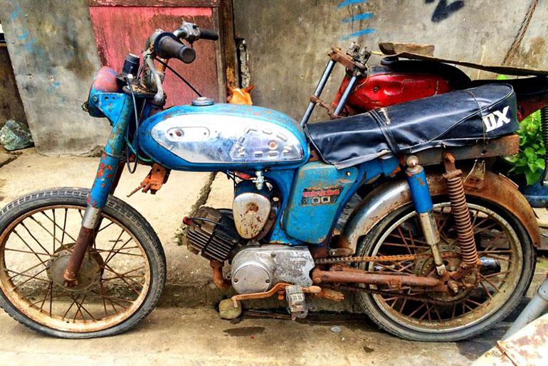 1972 Yamaha YL2 Motorbike - Before