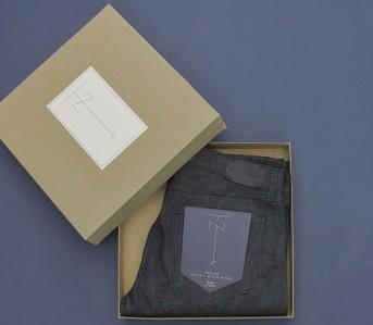 Tenue-de-Nimes-Dead-Stock-Blue-Jeans-Folded-in-Box