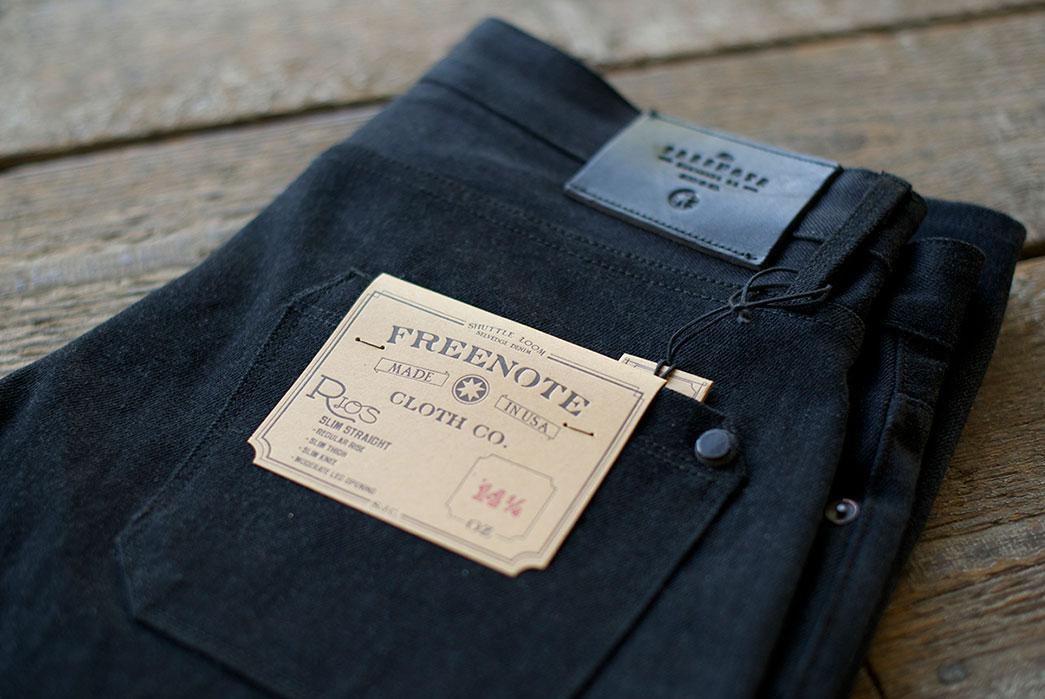 Freenote-Cloth-Rios-Black-Grey-14oz.-Jeans-back-closeup