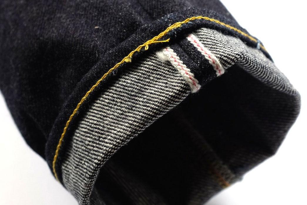 Fullcount-&-Co.-1109-21oz.-Stand-Alone-Slim-Tapered-Jeans-selvedge-hem