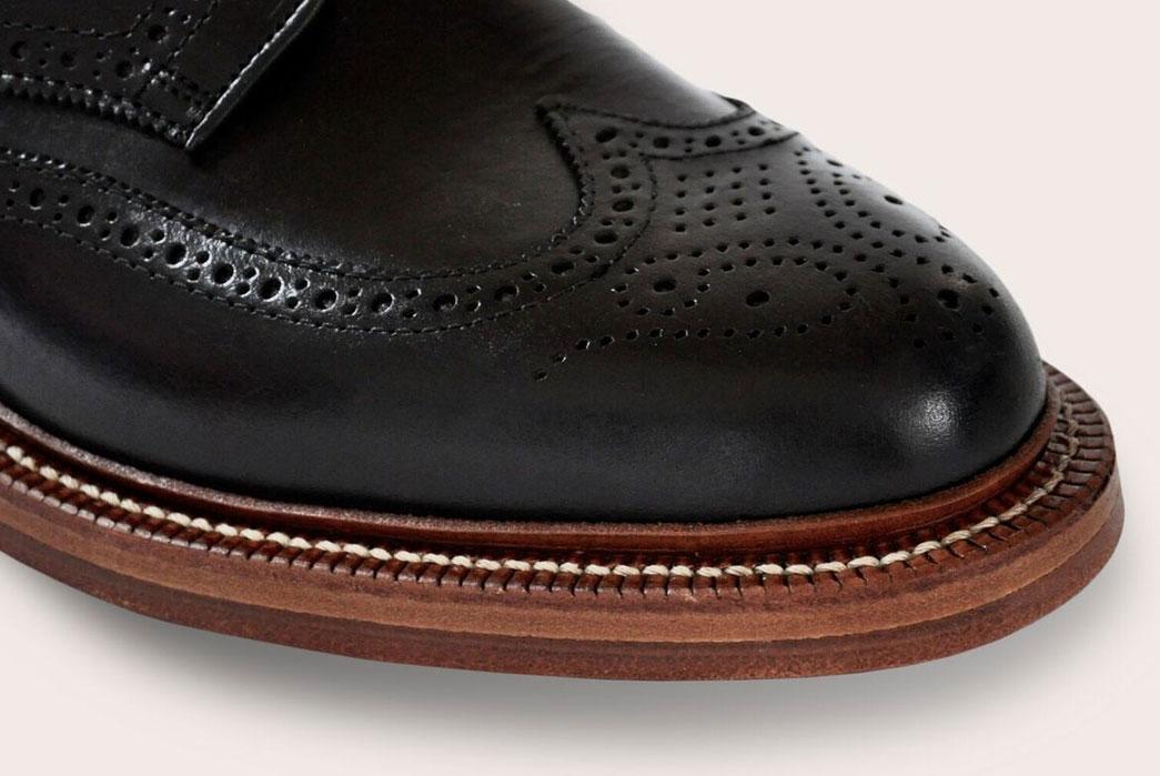 Oak-Street-Bootmakers-Double-Sole-Wingtip-Shoes-black-toe-cap
