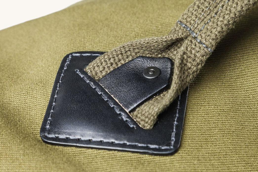 Tanner-Goods-Cargo-Carryall-Duffle-hardware