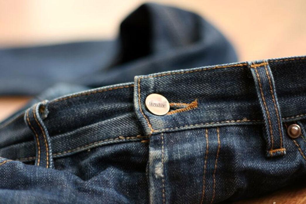 Howies-Kuroki-Jeans-Buttons