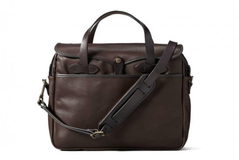 Filson-weatherproof-original-briefcase-Front</a>