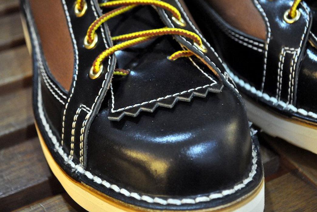 The-Flat-Head-Cordovan-Deerskin-Hiking-Boot-Front-Shoelaces