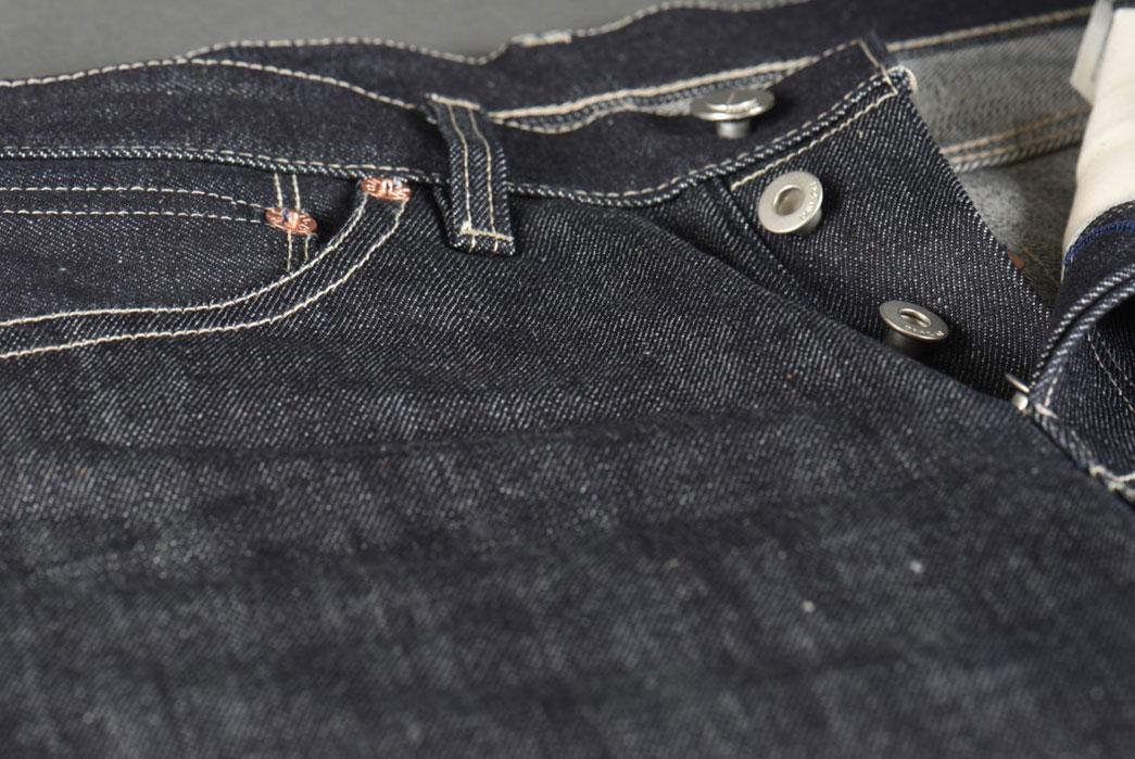 Dawson-Denim-X-Rivet-&-Hide-14.25oz-Japanese-Selvedge-Denim-Slim-Tapered-Jean-Front-Close-Up