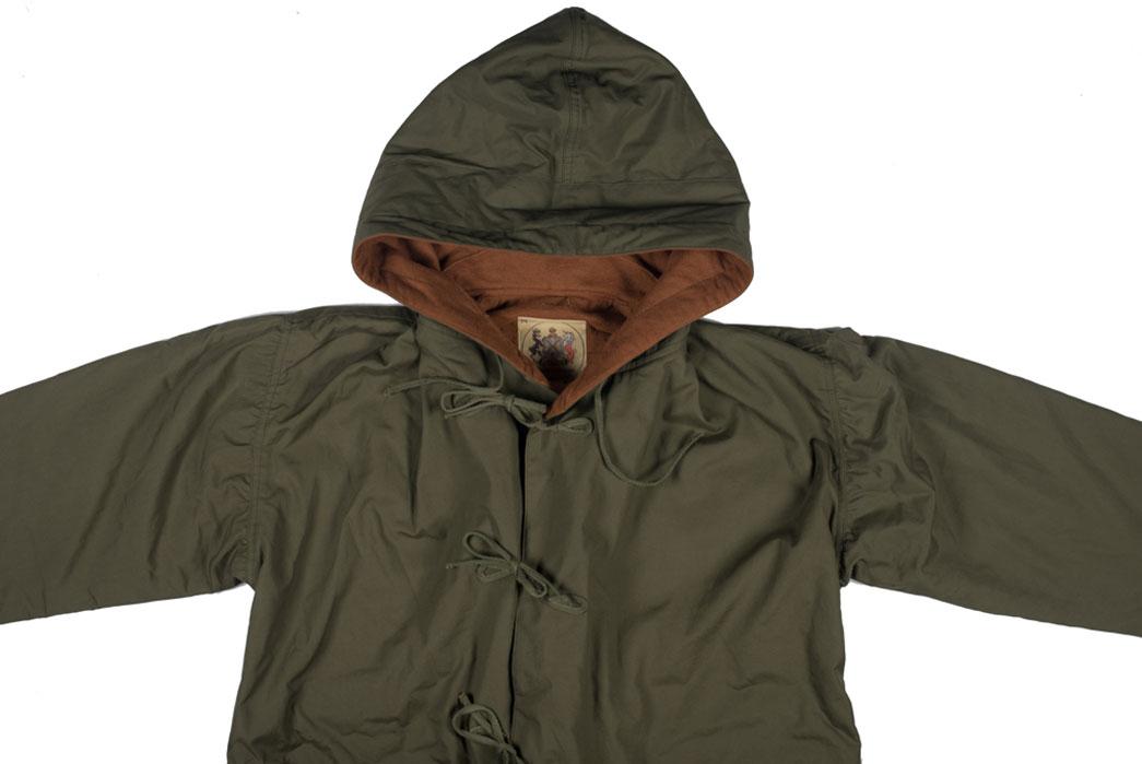 monitaly-vancloth-reversible-field-shell-jackets-olive-front-close-up