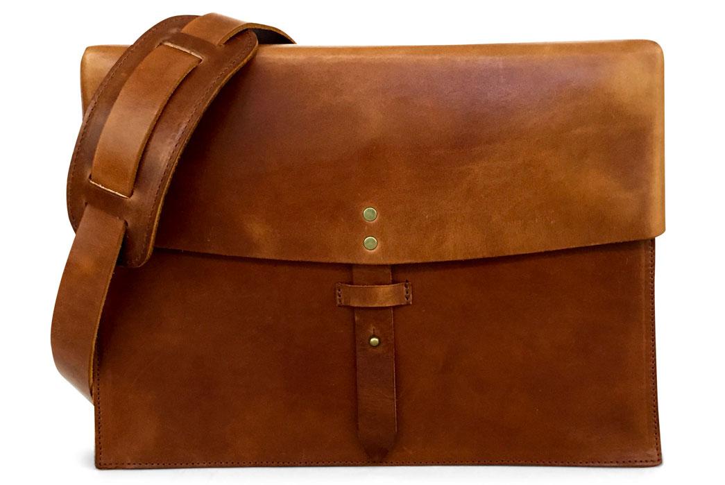 jackson-wayne-saddle-tan-8oz-leather-messenger-bag-front