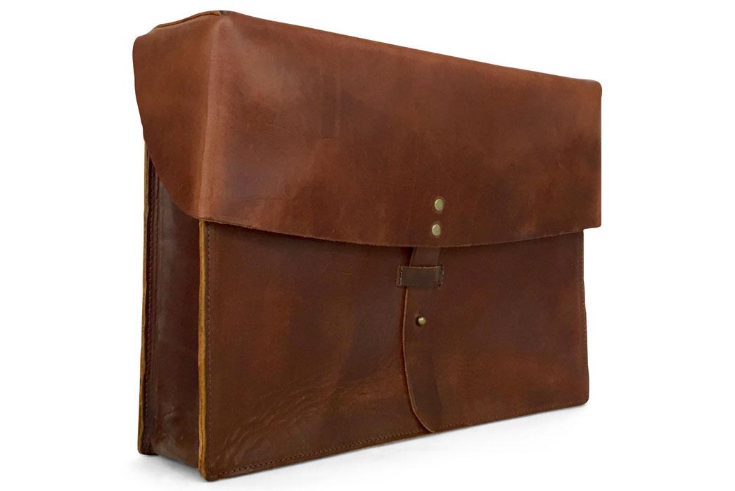 jackson-wayne-vintage-brown-8oz-leather-messenger-bag-side