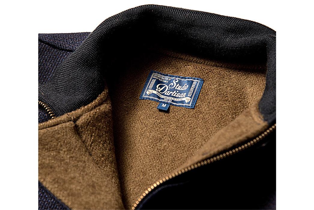 studio-dartisan-4398a-indigo-sashiko-tankers-jacket-front-neck