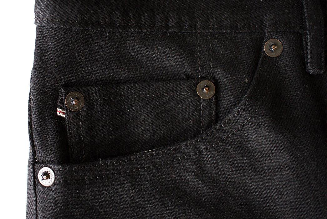 noble-denim-earnest-fit-small-batch-kuroki-mills-13oz-black-selvedge-jeans-front-right-pocket