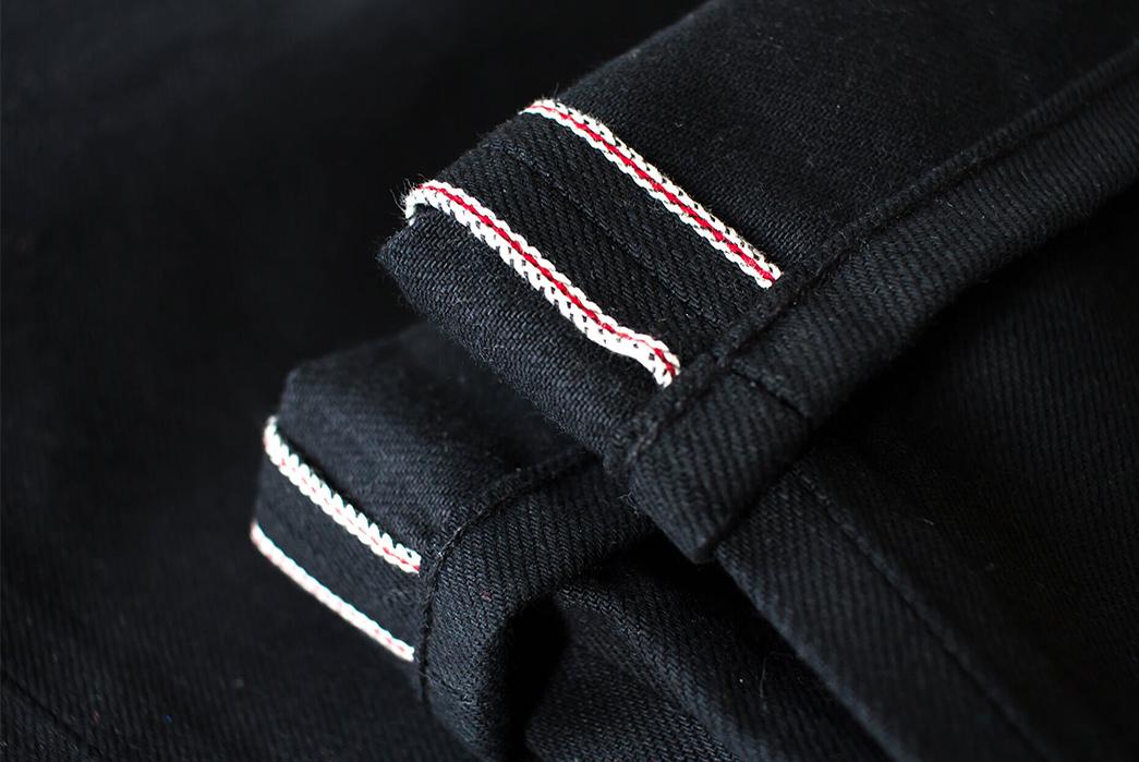 noble-denim-earnest-fit-small-batch-kuroki-mills-13oz-black-selvedge-jeans-legs-inside-seam