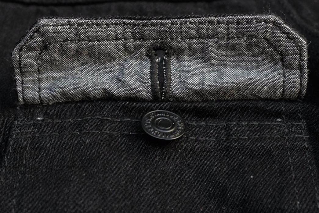 momotaro-b2105sp-15-7oz-ocean-rinsed-black-x-black-type-ii-denim-jacket-front-open-pocket