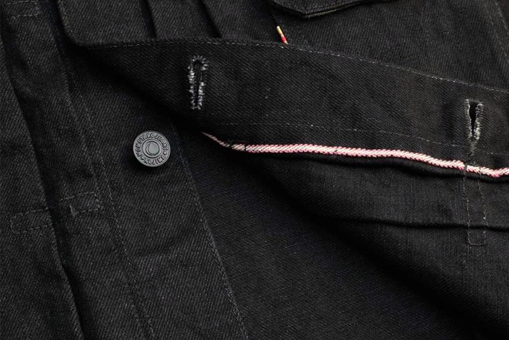 momotaro-b2105sp-15-7oz-ocean-rinsed-black-x-black-type-ii-denim-jacket-front-open