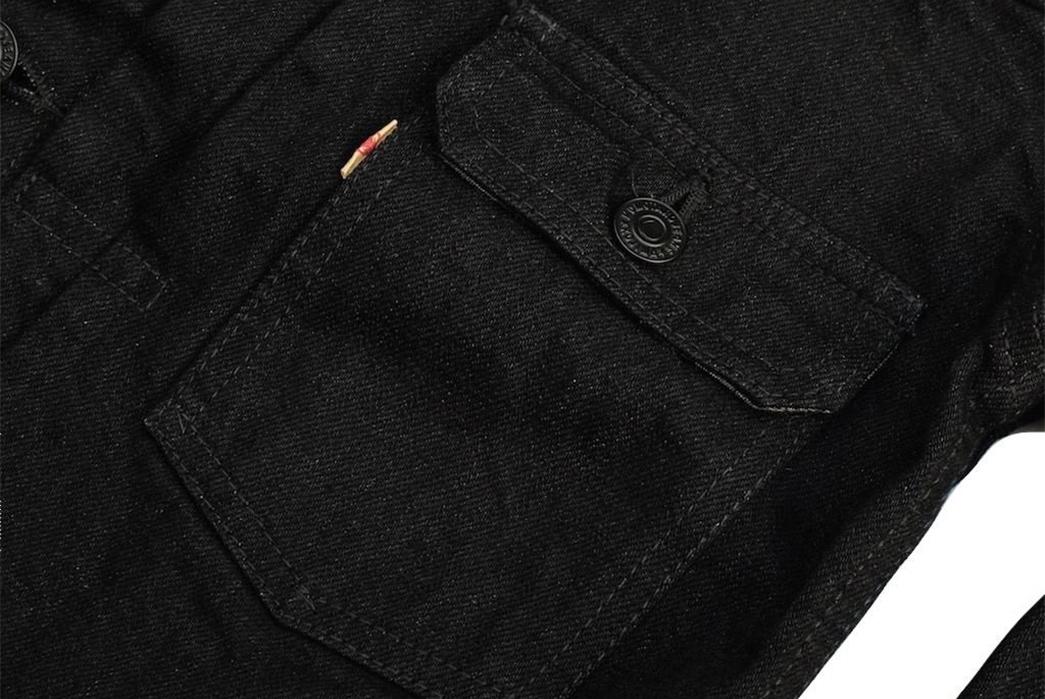 momotaro-b2105sp-15-7oz-ocean-rinsed-black-x-black-type-ii-denim-jacket-front-pocket
