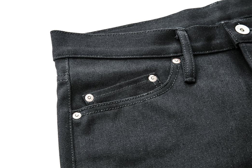 nine-lives-13-5oz-slim-tapered-jeans-black-front-right-pockets