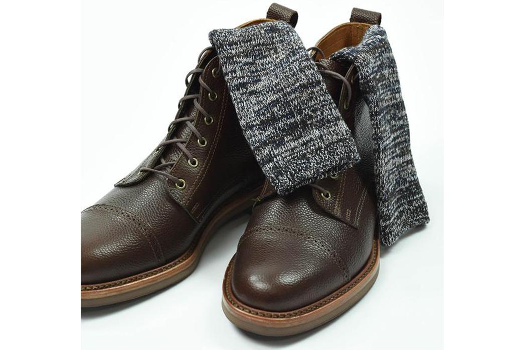 american-trench-random-plait-crew-socks-black-on-brown-shoes