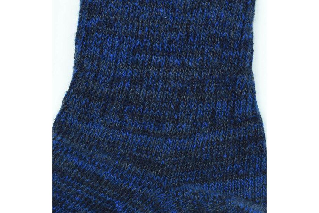 american-trench-random-plait-crew-socks-blue-detailed