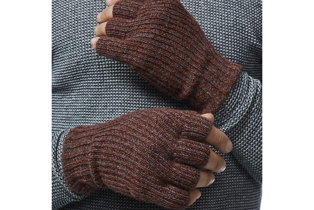 Fingerless-Gloves---Five-Plus-One-2)-American-Trench-Fingerless-Gloves