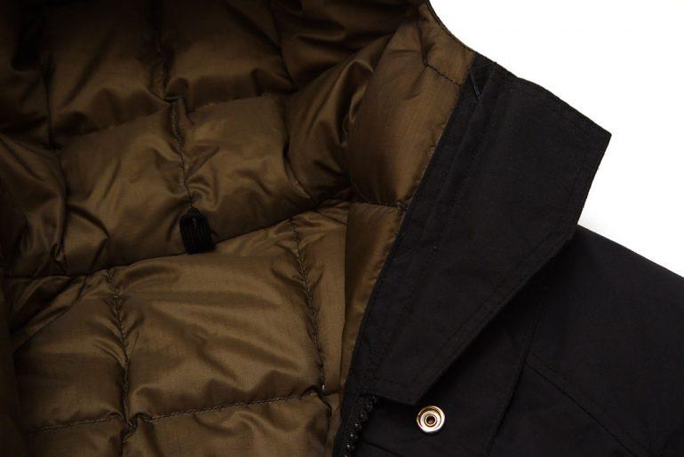 kluane-mountaineering-baffin-inner-parka-jacket-chin-guard