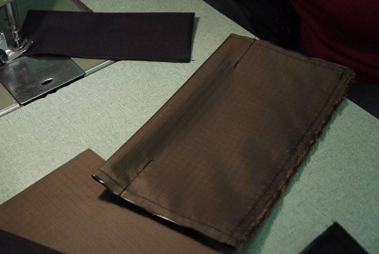 kluane-mountaineering-pockets-flap