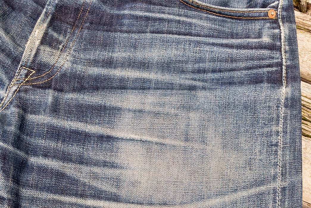 Fade-of-the-Day---Momotaro-Copper-Label-G014-MB-(20-Months,-4-Washes)-front-top-left-pocket