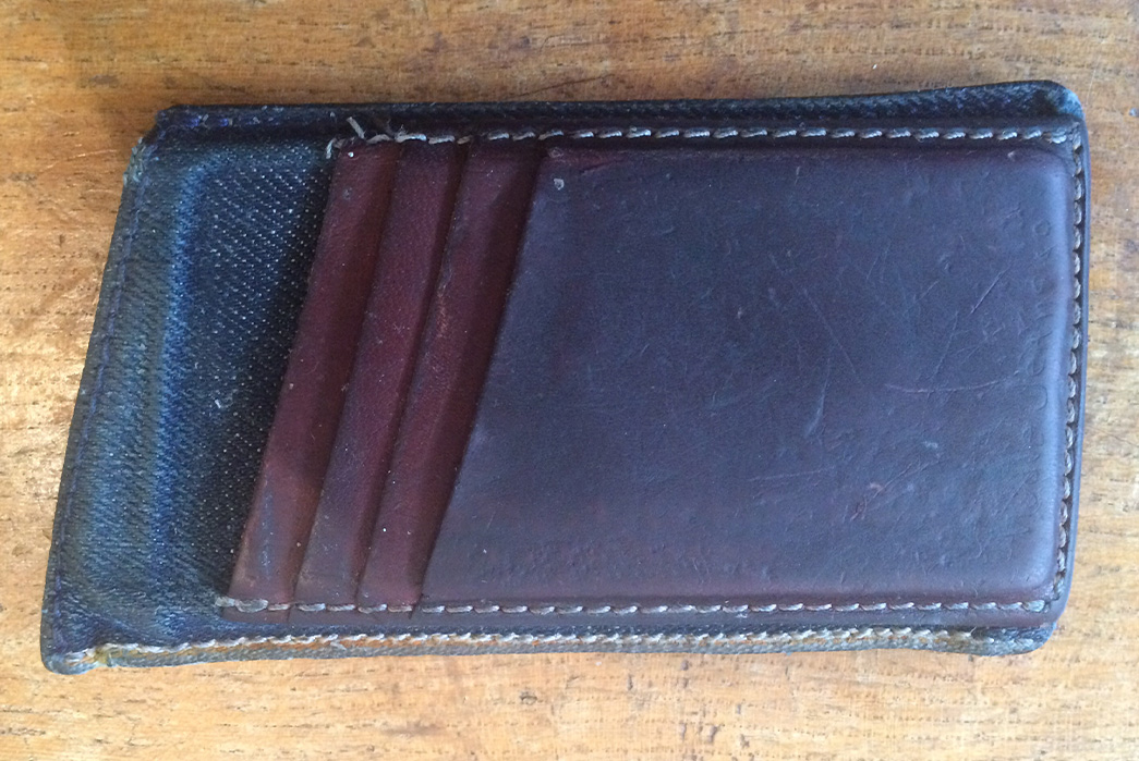 Fade-of-the-Day---Nudie-iPhone-5-Wallet-(2-Years)-blue-pockets-for-cards