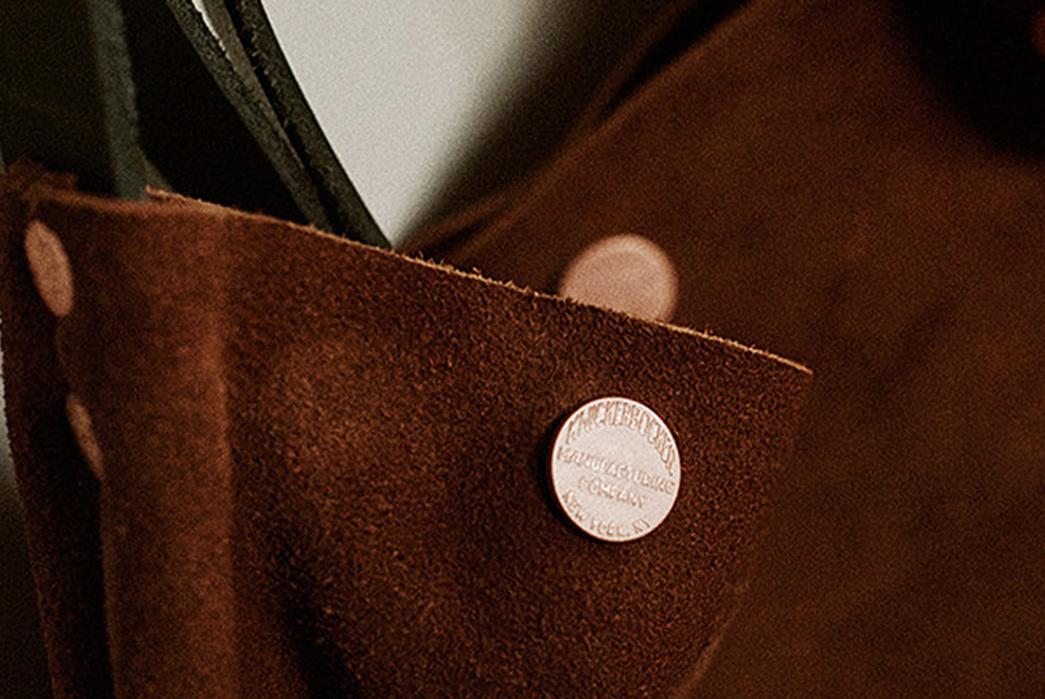 Knickerbocker-Mfg.-Co.-x-D'emploi-Suede-Souvenir-Mail-Bag-buttons