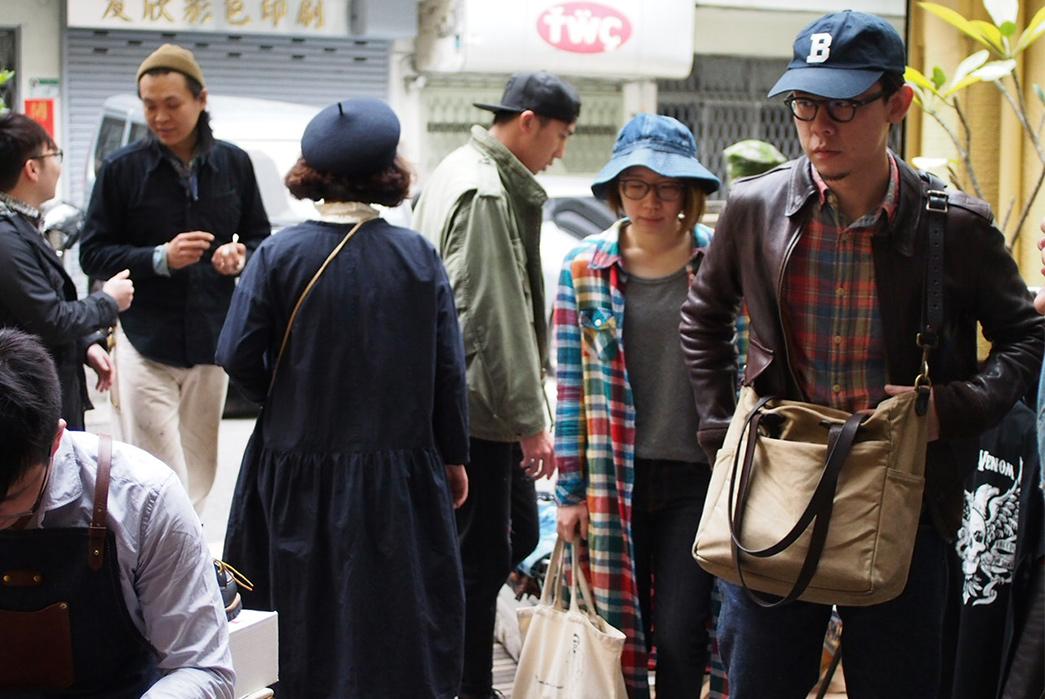 Oddie-Goodie-Flea-Market-Recap-people