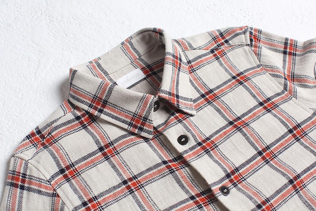 Brand-Profile-–-Simon-Versus-front-collar