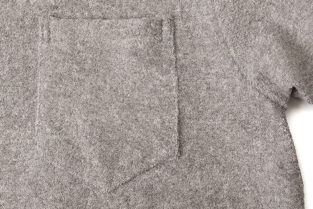 Howlin's-Mr.-Fantasy-Towel-Polo-front-pocket