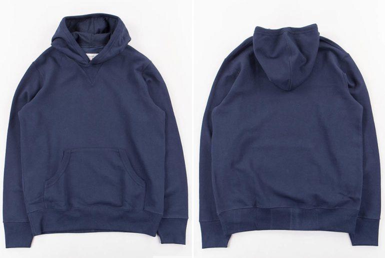 Merz-B.-Schwanen-Organic-Cotton-Hooded-Sweater-front-back</a>