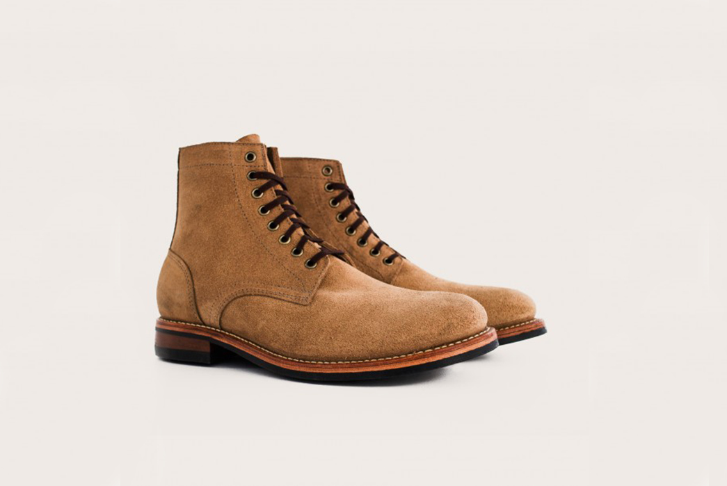 Oak-Street-Bootmakers-Natural-Chromexcel-Roughout-Trench-Boot-Oblique